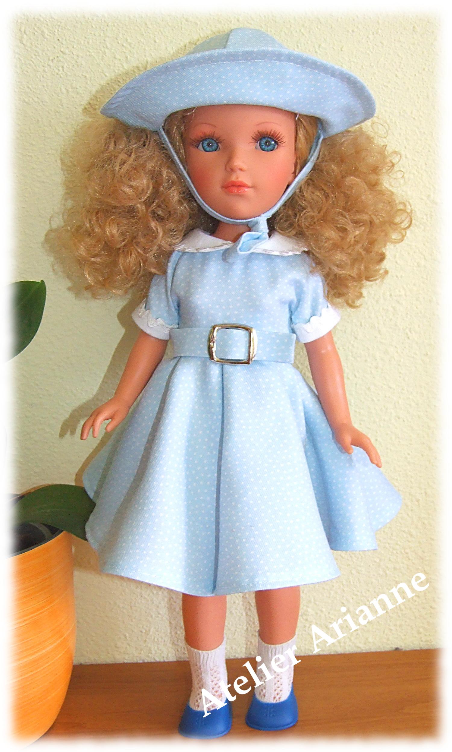 Tenue Ophélia pour poupées Vidal Royas et Nancy de Famosa