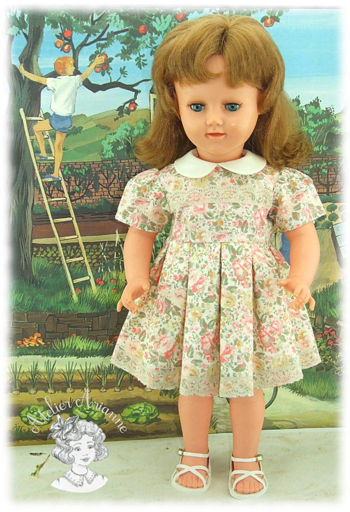 Sophie Reproduction de la tenue d'origine pour poupée Raynal 56 cm