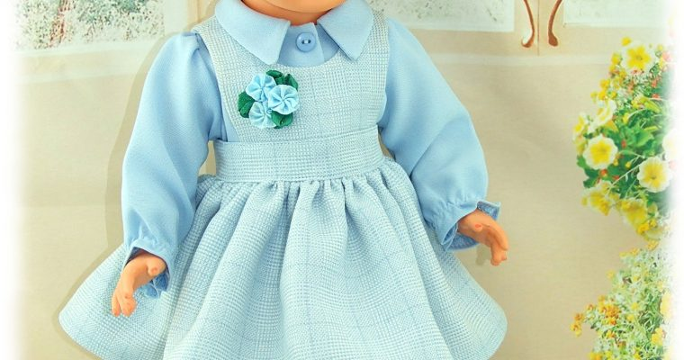 Tenue Mai 1981 pour poupée Marie-Françoise de Modes et Travaux