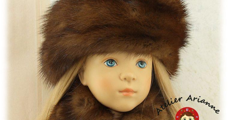 Toque, manchon et col pour poupée Finouche de Sylvia Natterer